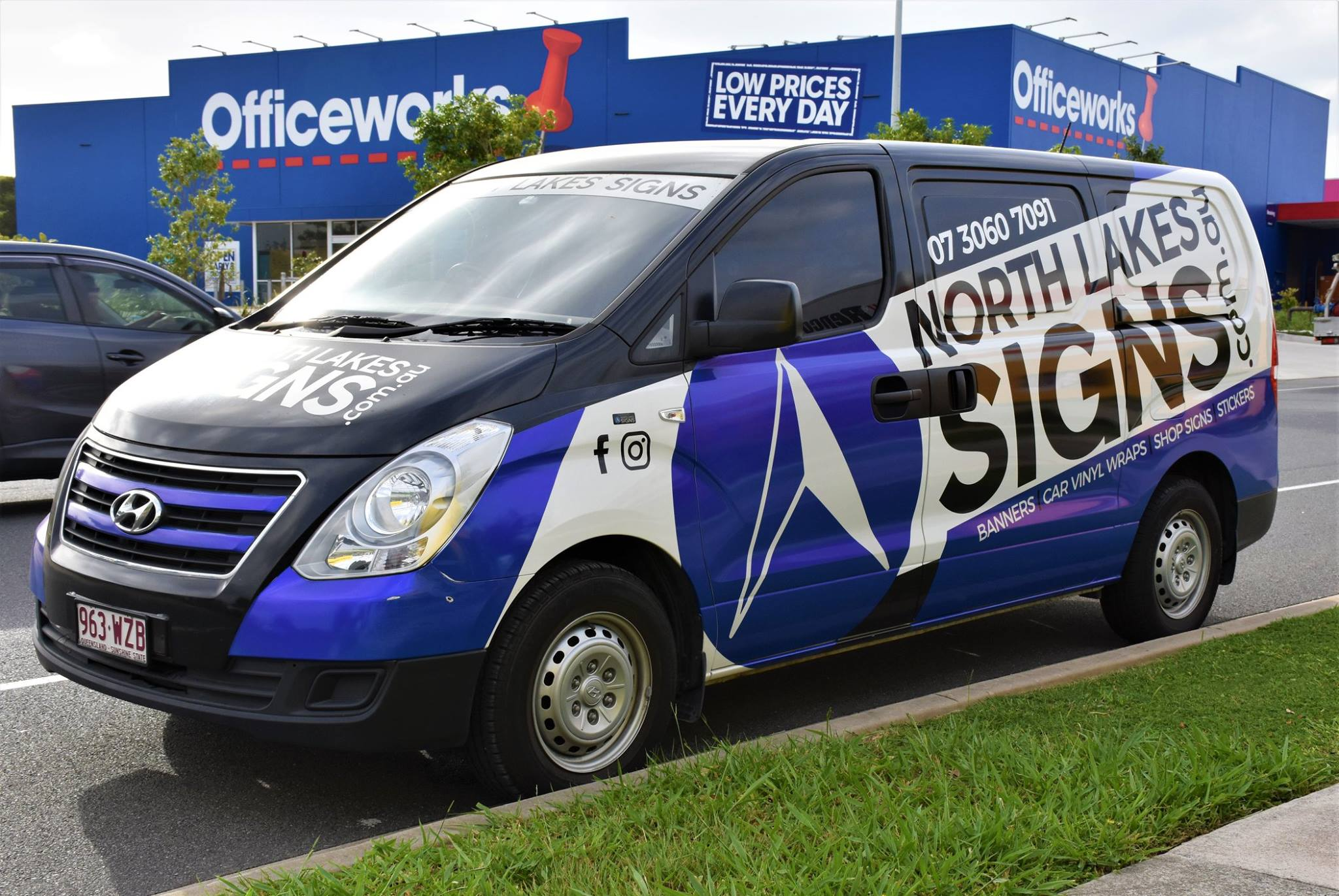 Van wrap signs brisbane